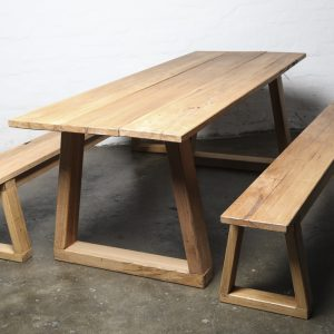 reclaimed hardwood dining set